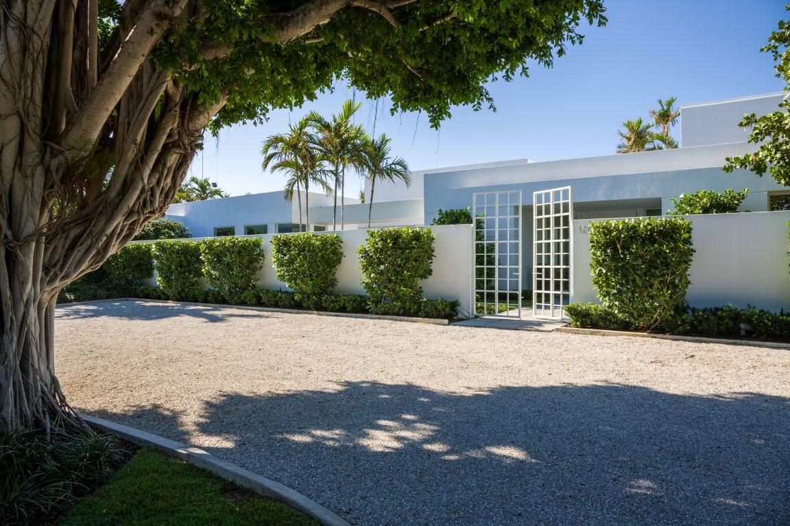 Modernist Estate